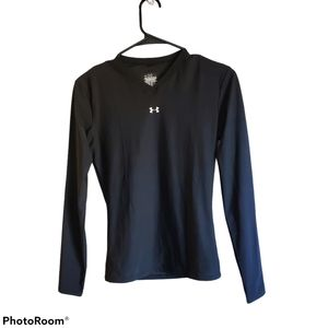Under Armour dry fit long sleeve V neck top